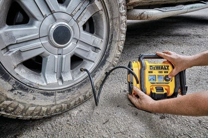 Best Car Tire Pumps 2021- Tire Inflator - Buying Guide