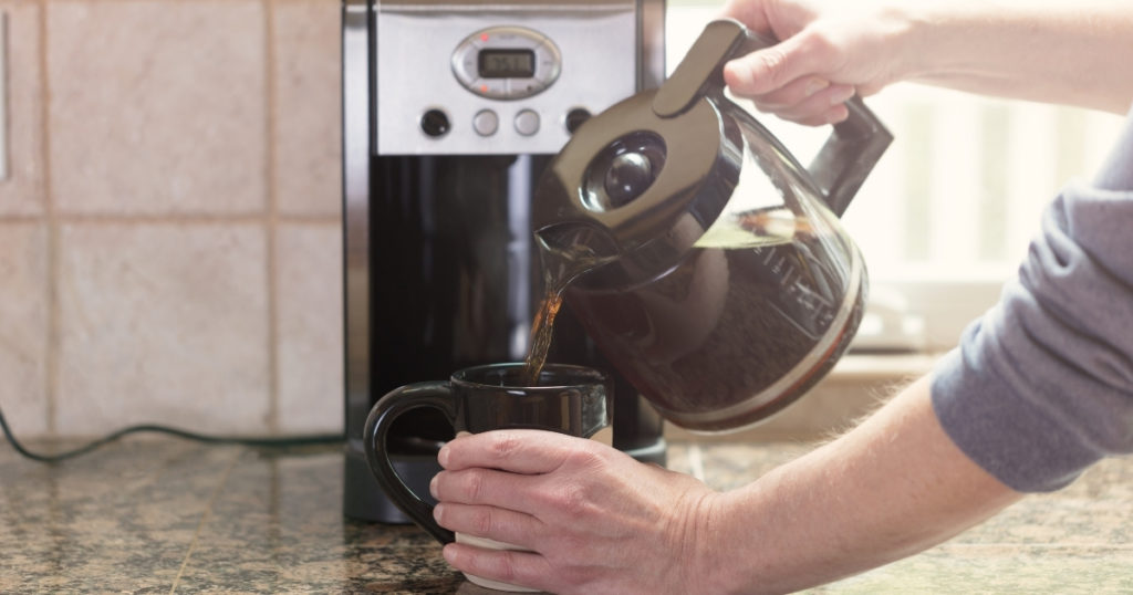 10 Best Drip Coffee Makers of 2021 | Reviews & Buying Guide