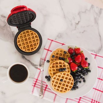 Best Waffle Makers of 2021: 10 Models Tested and Reviewed